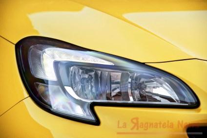 Opel-Corsa-GSi-503699_0