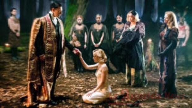 Sabrina durante il suo Battesimo Oscuro