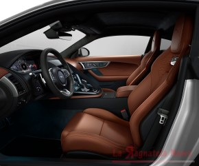 jag-f-type-22my-p450-r-dynamic-coupe-interior-120421-001
