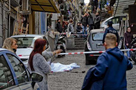 Incidenti lavoro, operaio morto a Napoli