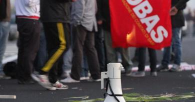 (VIDEO) Pomigliano. Sciopero alla FCA, protesta dei lavoratori