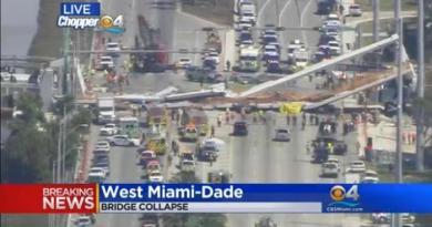(VIDEO) Crolla ponte pedonale a Miami: quattro morti