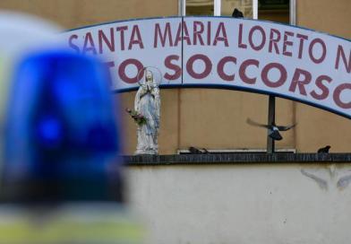 Detenuto tenta fuga da ospedale Napoli, agente si ferisce