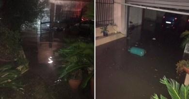 (FOTO) Casaluce. Segnalazione cittadino: problemi alle fogne, casa invasa dall'acqua