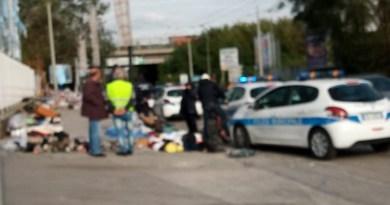 Giugliano. Blitz della Polizia Municipale al mercatino abusivo