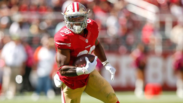 San Francisco HB #28 Carlos Hyde (Photo source: http://www.sportingnews.com)