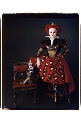 helena-bonham-carter-in-alice-in-wonderland_vanity-fair