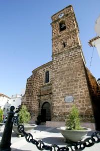 La misa funeral tuvo lugar en la iglesia parroquial de la Asunción