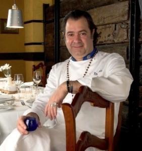 Firo Vázquez en su restaurante 'El Olivar'
