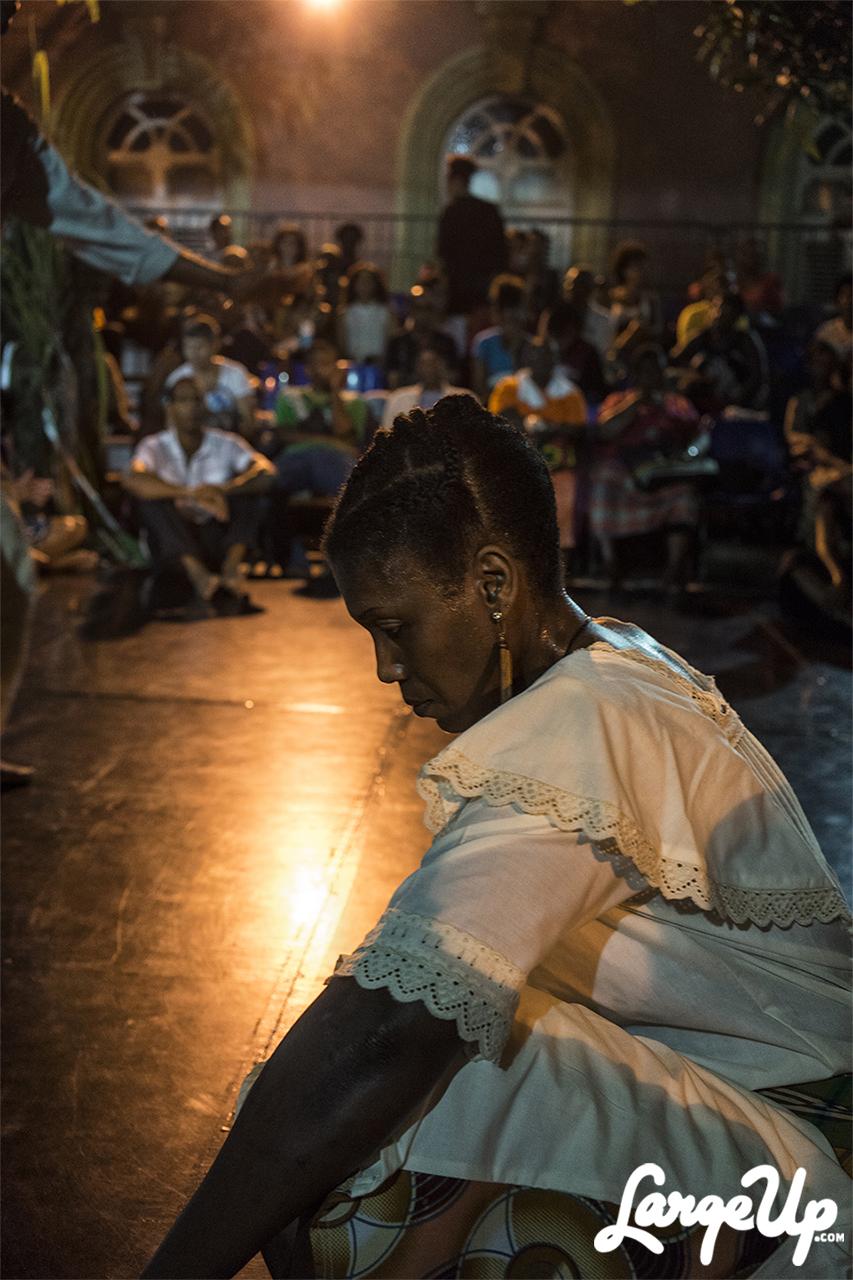 Bèlè Dancer takes a moment, Espace Camille Darsière, Fort-de-France, Martinique photo by Adama Delphine Fawundu4