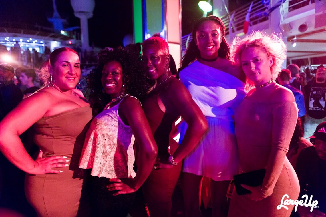 welcome-to-jamrock-reggae-cruise-deck-night