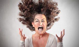 Very-angry-woman_3