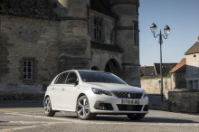 Peugeot 308 GT Line white static front right