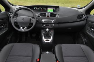 Fiche Technique Renault Scenic Iii J95 1 5 Dci 110ch Bose 2015 Edc L Argus Fr
