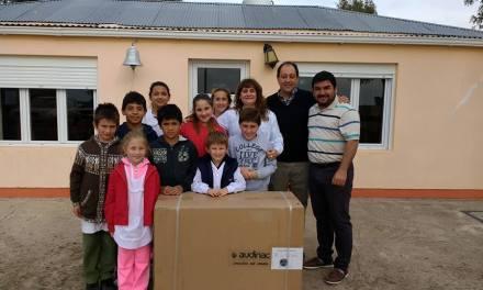 Matias Viola visitó la localidad de Huanchilla