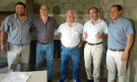 Entrega de fondos para el Club Newbery de Ucacha
