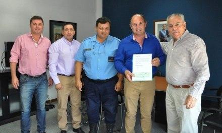 La Provincia entregó fondos para el mantenimiento de edificios policiales