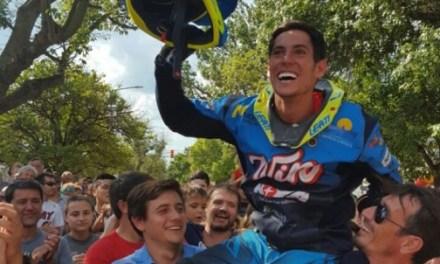 El abrazo del pueblo a Nicolas Cavigliasso