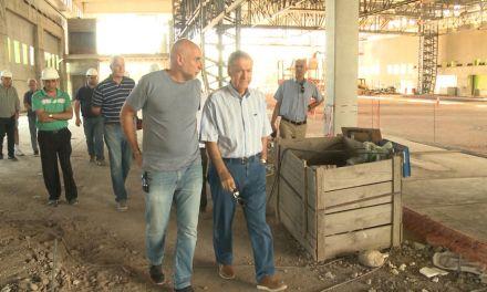 Schiaretti recorrió la obra del Centro de Convenciones Córdoba