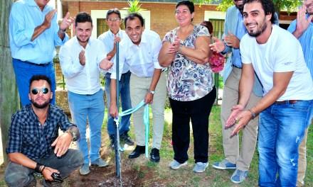 Quedó habilitada la red de agua potable en el barrio Trulala