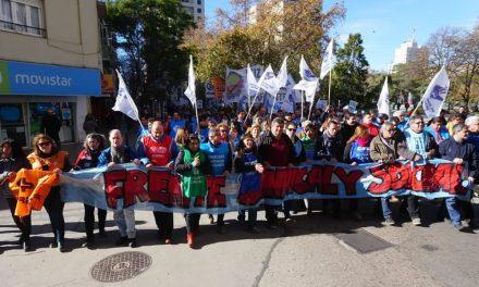 Paro Nacional: el Frente Sindical y Social marchó en Río Cuarto