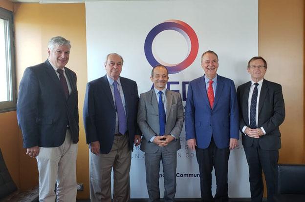 Schiaretti gestiona en París 150 millones de euros con la Agencia Francesa de Desarrollo