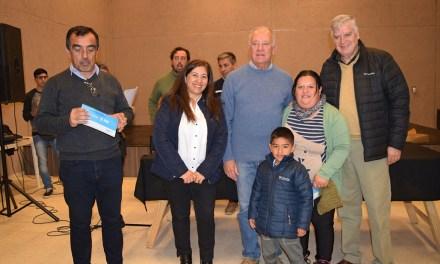 La Provincia entregó créditos Vida Digna a 77 familias de Coronel Moldes