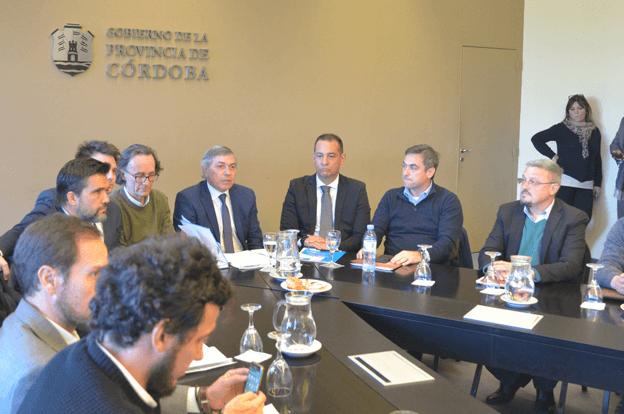 La Provincia avanza en un acuerdo federal con municipios y comunas