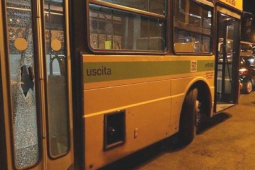 Ore 23.30 Taranto-Paolo VI, il bus della paura