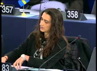 D'Amato: Araba Fenice, la gestione di quei rifiuti denunciata  in tempi non sospetti..