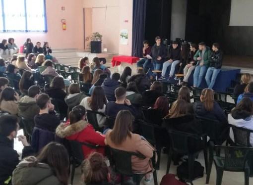 """""""Tagli ai fondi e Maturità stravolta"""", studenti in piazza il 22"""