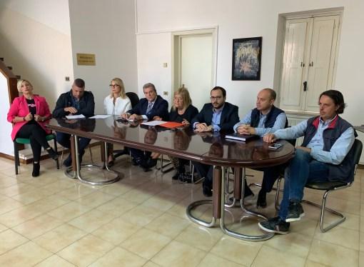 Taranto, l'opposizione insorge contro il sindaco: Ci sentiamo offesi [VIDEO]