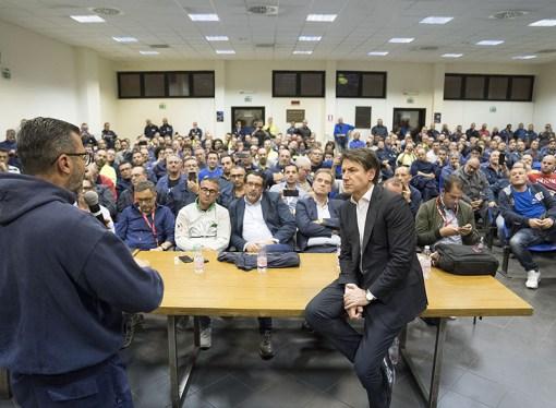 Conte torna a Taranto con il decreto pronto