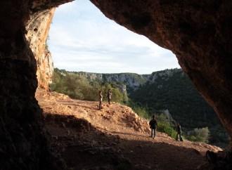 Gravine, la terra delle vertigini: c'è la guida turistica