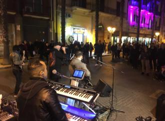 Merry Street, domani sette band chiudono la kermesse