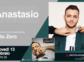 Anastasio  a Taranto, firmacopie da Mondadori