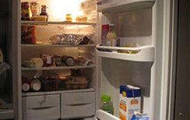 Ο τραγικός λόγος που τα ψυγεία έχουν πόρτες με μαγνήτη