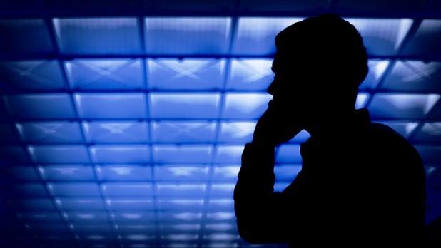Μπαίνουν περιορισμοί στις εισπρακτικές - Πόσες κλήσεις θα επιτρέπονται