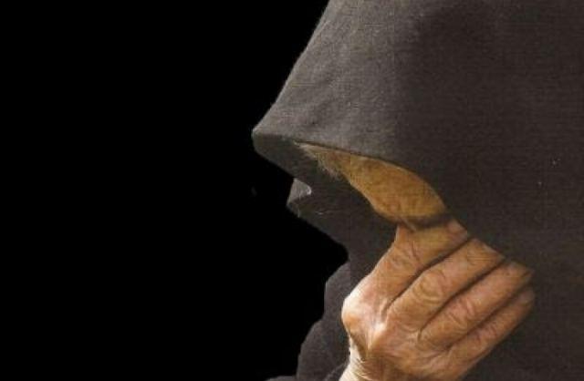Βόλος: Απατεώνες έκλεψαν 9.000 ευρώ από ηλικιωμένη παριστάνοντας τους τεχνικούς της ΔΕΗ