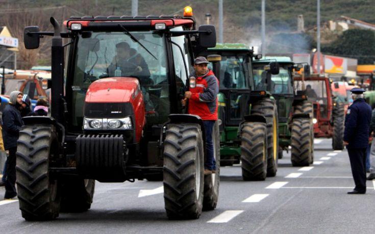 Αγρότες: Δεν ικανοποιήθηκαν τα αιτήματά τους αλλά… γυρίζουν στα χωριά τους