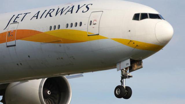 Πιλότοι άφησαν το κόκπιτ εν ώρα πτήσης και άρχισαν τα ...χαστούκια!