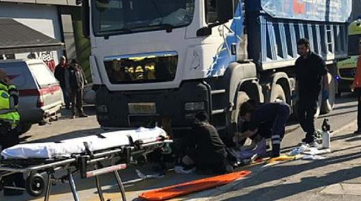 ΤΩΡΑ: Νέο σοκ στη Βόλου! Φορτηγό παρέσυρε πεζό