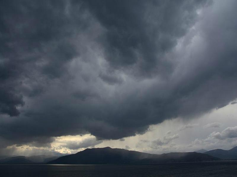 Βροχές και σύννεφα σήμερα -Σε ποιες περιοχές
