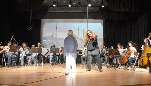 Το Μουσικό Σχολείο Λάρισας τίμησε την Ευανθία Ρεμπούτσικα