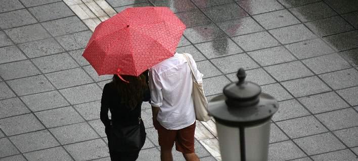 Έκτακτο δελτίο ΕΜΥ: Έρχονται καταιγίδες και θυελλώδεις άνεμοι