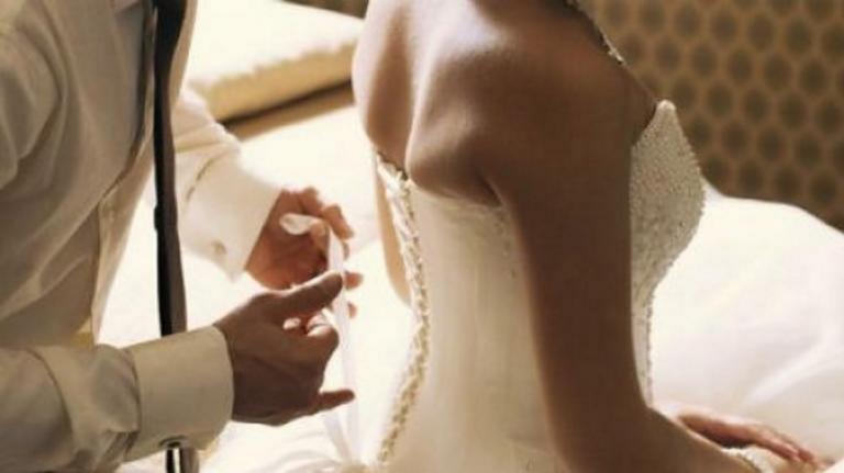 Ο γάμος και ο απρόσκλητος καλεσμένος που λίγο έλειψε να τον χαλάσει – Λύθηκε το μυστήριο!