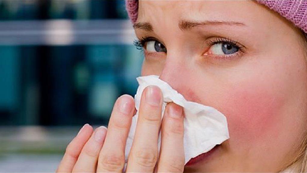 Οι οδηγίες του ΚΕΕΛΠΝΟ για να αντιμετωπιστεί η έξαρση της γρίπης