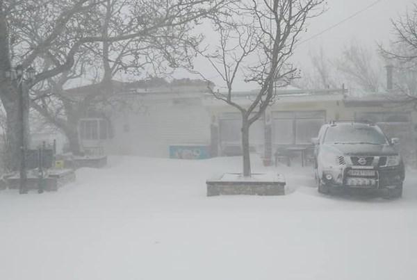 Στα 20 εκατοστά το χιόνι στη Σπηλιά Κισσάβου (Εικόνες)