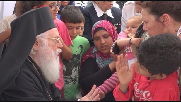 Κουτσόχερο: Πως ο Αρχιεπίσκοπος Αναστάσιος άλλαξε την ζωή μιας προσφυγοπούλας - Βίντεο