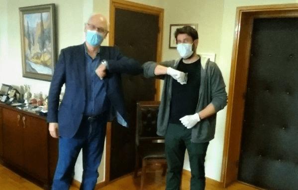 Εθελοντής στις δράσεις του Δήμου Λαρισαίων ο Αλέξης Γεωργούλης